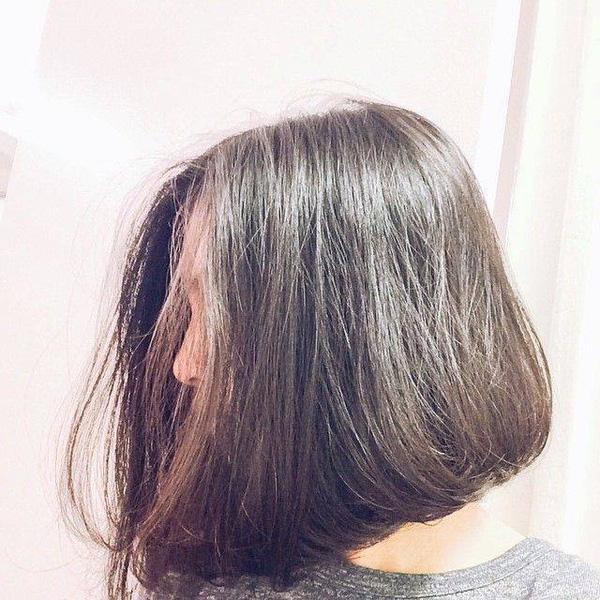 Cầu kỳ làm chi, chỉ cần để tóc bob thẳng nguyên sơ thế này là đã đủ xinh ngất ngây rồi nhé! - Ảnh 2.