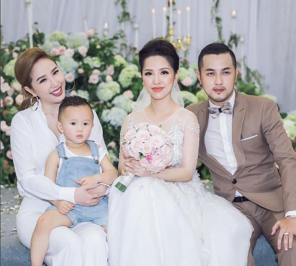 Cuộc sống hậu đám cưới của chị dâu Bảo Thy: Vẫn sang chảnh và rất được lòng mẹ chồng - Ảnh 1.