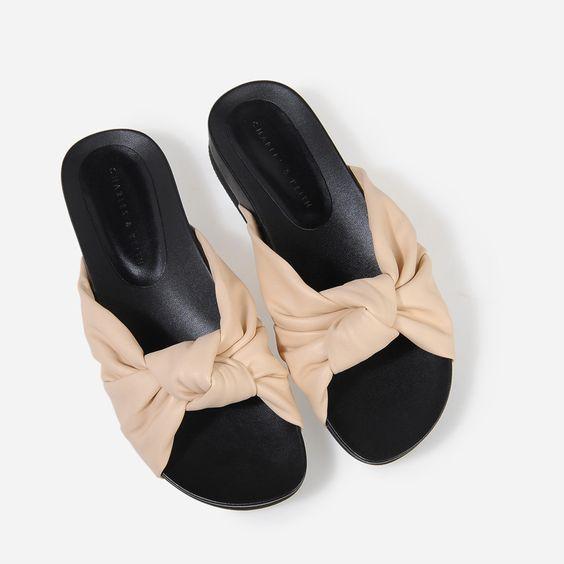 Xu hướng giày dép 2017: Thời đại của những thiết kế bánh bèo thắt nơ - Ảnh 5.