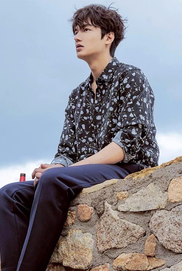 Ngẩn ngơ trước phong cách chuẩn soái ca ngôn tình của 3 mỹ nam phim Hàn - Ảnh 12.