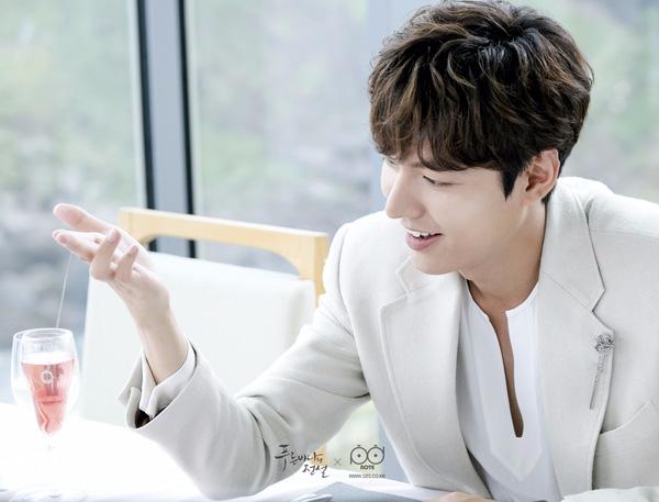 Ngẩn ngơ trước phong cách chuẩn soái ca ngôn tình của 3 mỹ nam phim Hàn - Ảnh 27.