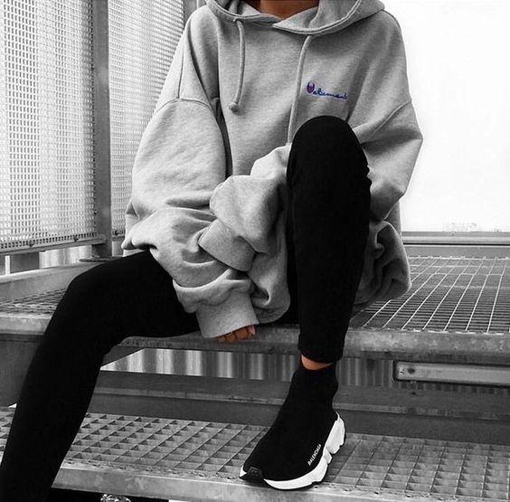 Chính ra áo nỉ hoodie cũng thời thượng, phong cách lắm chứ chẳng nghịch ngợm như ta vẫn tưởng - Ảnh 16.
