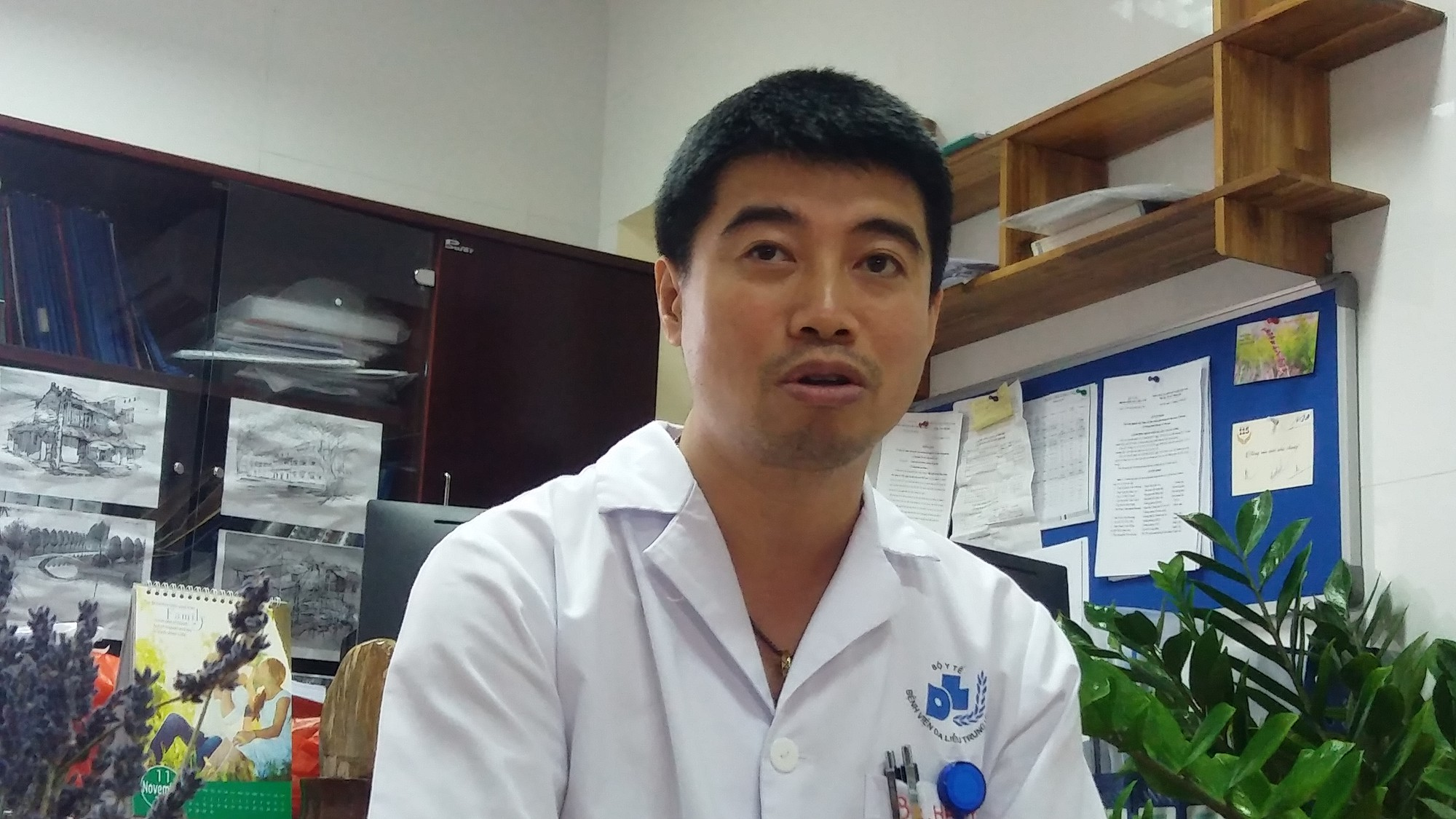 Hà Nội: Dùng kem trộn, một phụ nữ bị lột sạch da mặt, mất hàng trăm triệu điều trị nhưng chỉ phục hồi được 30-40% - Ảnh 4.