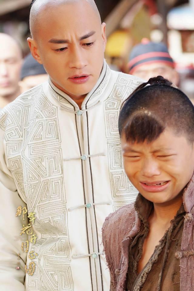 Vừa tung tin Hà Nhuận Đông chết giữa phim, fan đòi đốt nhà biên kịch Năm ấy hoa nở - Ảnh 4.