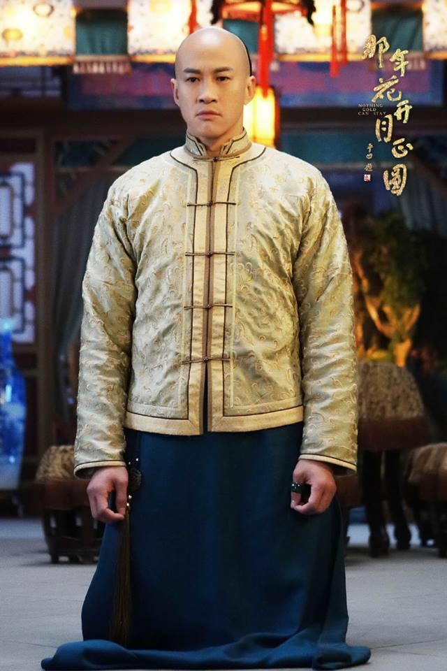 Vừa tung tin Hà Nhuận Đông chết giữa phim, fan đòi đốt nhà biên kịch Năm ấy hoa nở - Ảnh 3.