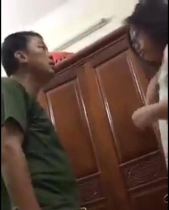 Hà Nội: Sự thật đằng sau clip người đàn ông đánh vợ con gây xôn xao trên mạng - Ảnh 4.