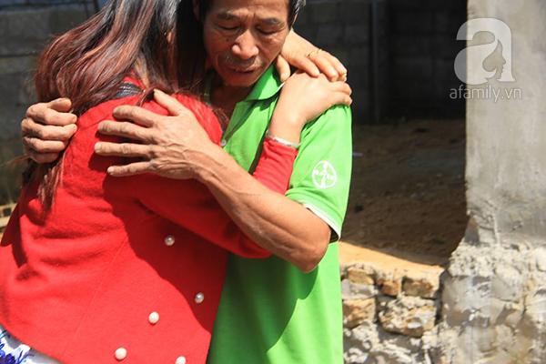 Cuộc đoàn tụ như chưa hề có cuộc chia ly của cô gái 17 năm bị bán sang Trung Quốc làm vợ vừa trở về - Ảnh 4.