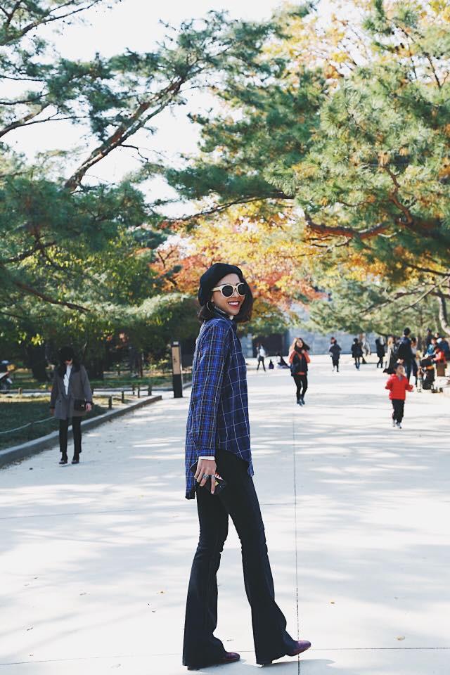 Street style tuần này: Angela Phương Trinh diện váy ôm già chát, Kỳ Duyên nổi bật vì dát hàng hiệu từ đầu tới chân - Ảnh 10.