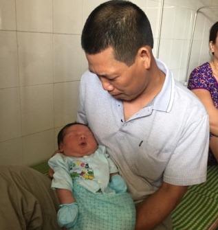 Trẻ sơ sinh cân nặng bất thường: Không phải là tín hiệu đáng mừng - Ảnh 3.