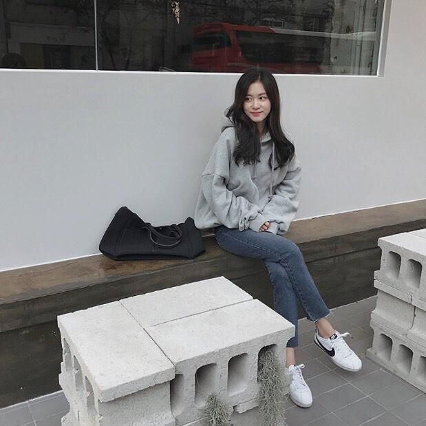 Muốn diện áo khoác kẻ thật đẹp, ắt hẳn bạn phải nghía qua street style Châu Á tuần này rồi - Ảnh 17.