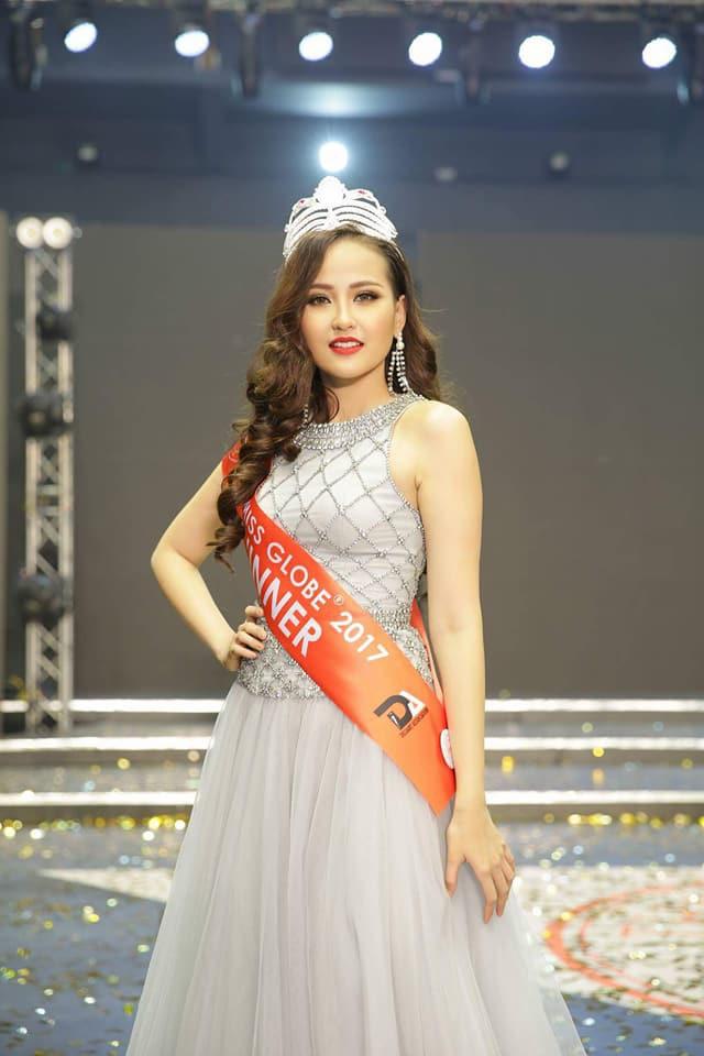 Vừa đăng quang Miss Globe, Khánh Ngân đã bị soi mặc lại váy của Thu Thảo từ năm ngoái - Ảnh 4.