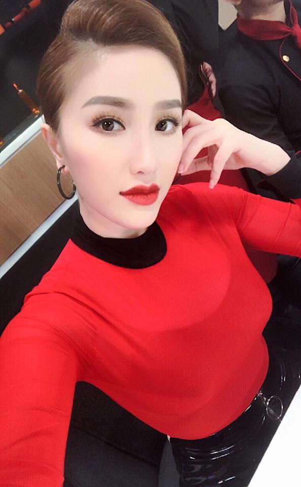 Khởi động mùa lễ hội qua những gợi ý sắc màu đến từ các người đẹp Việt - Ảnh 6.