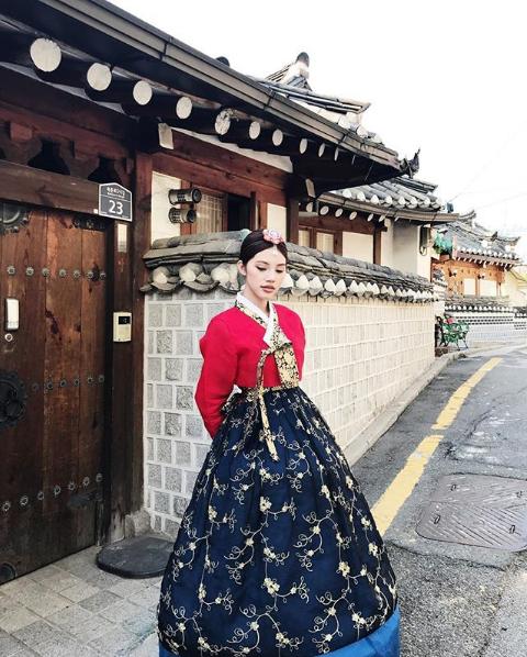 Ngắm cuộc sống sang chảnh, ngập trong đồ hiệu, du lịch xa xỉ của Jolie Nguyễn - hoa hậu hội con nhà giàu Việt Nam - Ảnh 30.