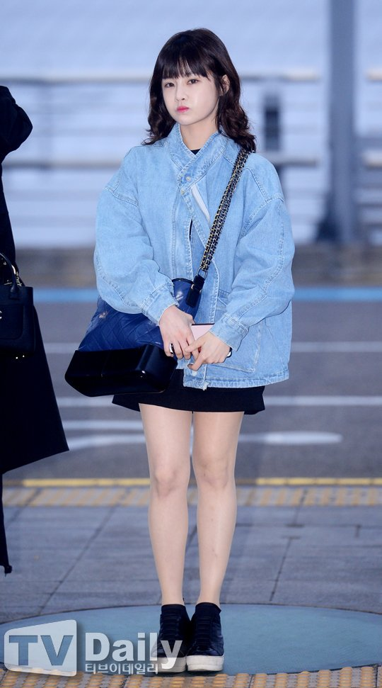Túi mới của Chanel: Chưa ra mắt được bao lâu đã làm mưa làm gió tủ đồ của loạt sao Hoa ngữ - Ảnh 30.