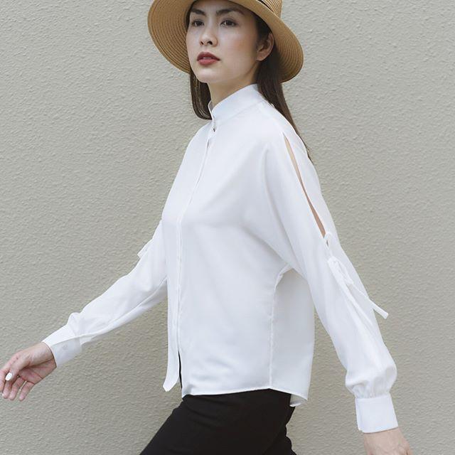Cầu kỳ gì đâu, Tăng Thanh Hà chỉ cần diện đồ đen - trắng đơn giản thế này thôi cũng đẹp - Ảnh 3.