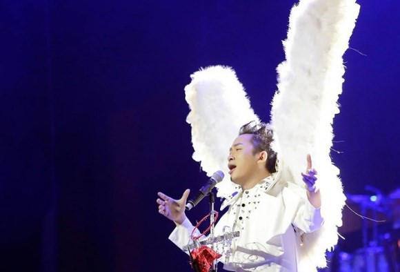 Tùng Dương tuyên bố hát Bolero cho vui, sao miền Nam phản ứng gay gắt, Duy Mạnh lên tiếng: Hay thì ủng hộ - Ảnh 2.