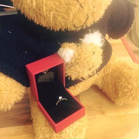 Hỏi thế gian Valentine là chi mà người rộn ràng khoe hoa quà sang chảnh, người chiếc bóng 1 mình bên củ khoai lang - Ảnh 8.