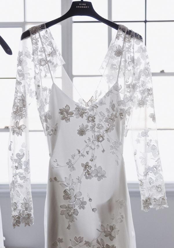 Muốn gây ấn tượng trong ngày trọng đại, các cô dâu đừng bỏ qua 7 mẫu váy này - Ảnh 23.