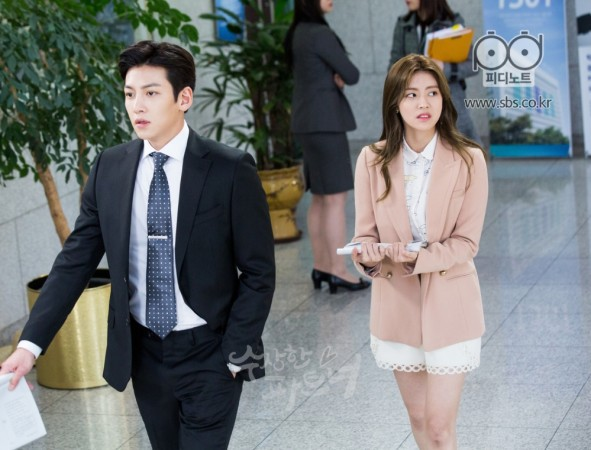 Đây là những nhân vật có gu thời trang ấn tượng nhất phim Hàn trong năm 2017  - Ảnh 20.