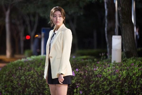 Đây là những nhân vật có gu thời trang ấn tượng nhất phim Hàn trong năm 2017 - Ảnh 21.