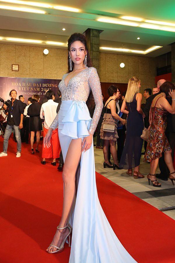 Người đẹp Vbiz lọt top sao mặc xấu không thương tiếc chỉ vì lỗi diện váy áo lộ nội y kém tinh tế - Ảnh 9.