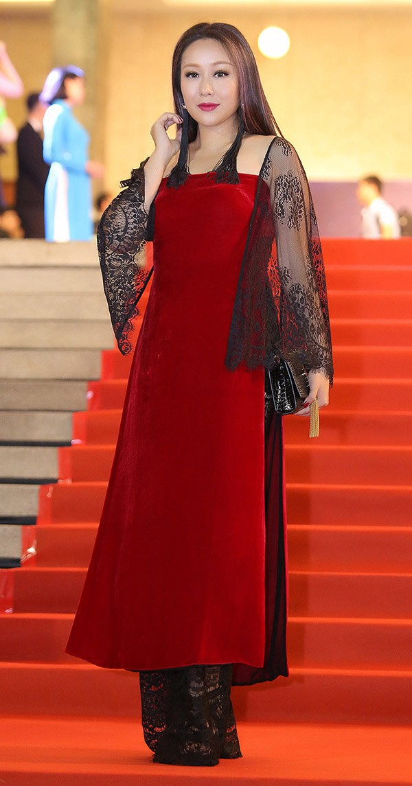 Người đẹp Vbiz lọt top sao mặc xấu không thương tiếc chỉ vì lỗi diện váy áo lộ nội y kém tinh tế - Ảnh 11.