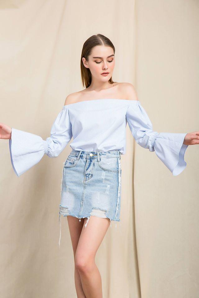 Nàng duyên dáng đừng bỏ qua loạt thiết kế váy-áo tay loe đến từ thương hiệu Việt này nhé! - Ảnh 8.