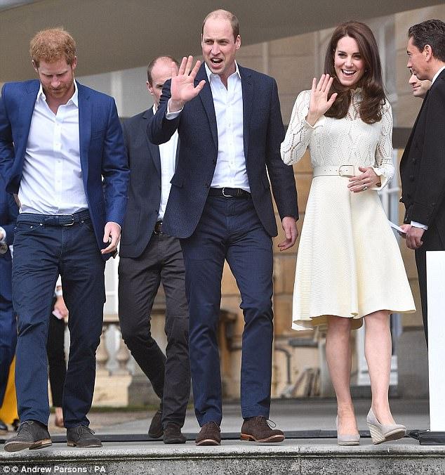 Giúp việc nhà Công nương Kate đột ngột bỏ việc lương tỷ đồng/năm - Ảnh 5.