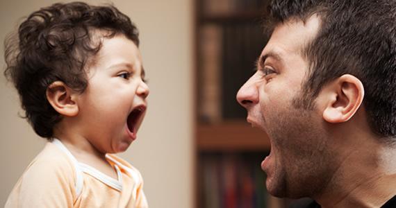 Chuyên gia gợi ý cách ứng xử giúp bố mẹ bớt to tiếng và quát tháo con - Ảnh 3.