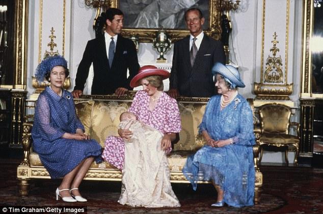 CHẤN ĐỘNG: Sau đám cưới vài tuần, Công nương Diana từng cắt cổ tay tự tử vì ghen tuông với tình địch Camilla - Ảnh 5.