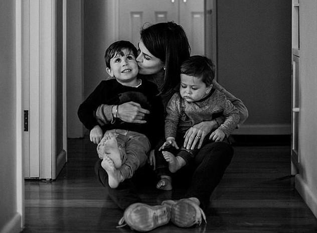 Bức thư mẹ sắp chết vì ung thư gửi con trai mắc u não khiến ai đọc cũng khóc nghẹn - Ảnh 3.