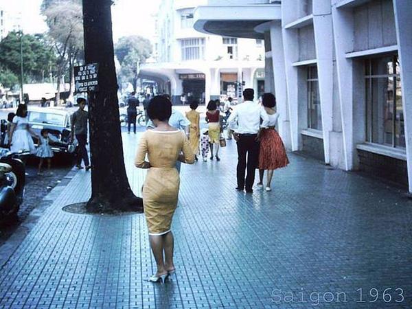 Hơn nửa thế kỷ trước, phụ nữ Sài Gòn đã mặc chất, chơi sang như thế này cơ mà! - Ảnh 29.