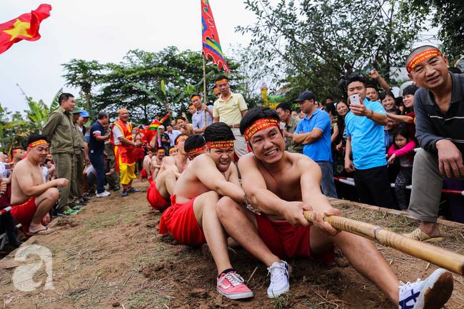 Độc đáo cuộc thi Kéo co ngồi truyền thống giữa lòng Hà Nội - Ảnh 5.