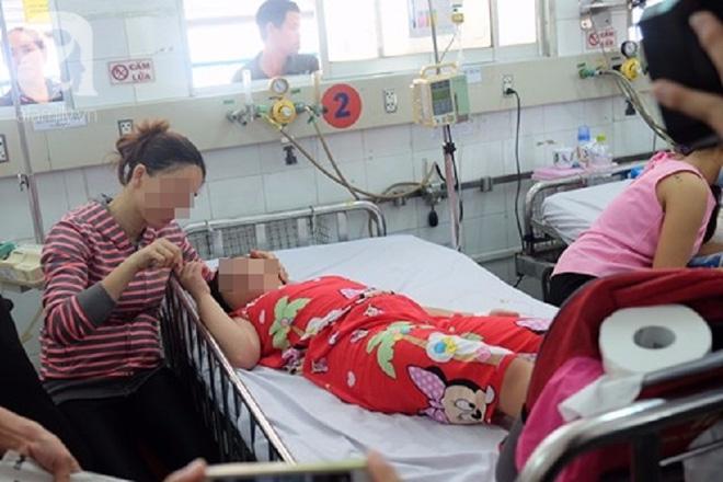 Không tiêm vaccine viêm não Nhật Bản cho trẻ, nhiều cha mẹ bất lực nhìn con bị đe dọa tính mạng - Ảnh 5.