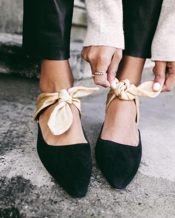 Giữa loạt xu hướng cũ-mới đan xen của năm 2017, đây là 6 kiểu giày hợp lý nhất bạn nên chọn cho mình - Ảnh 2.