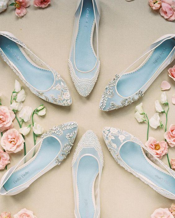 Những mẫu giày bệt được thiết kế kiểu cách vừa dễ đi mà vẫn đẹp hút hồn