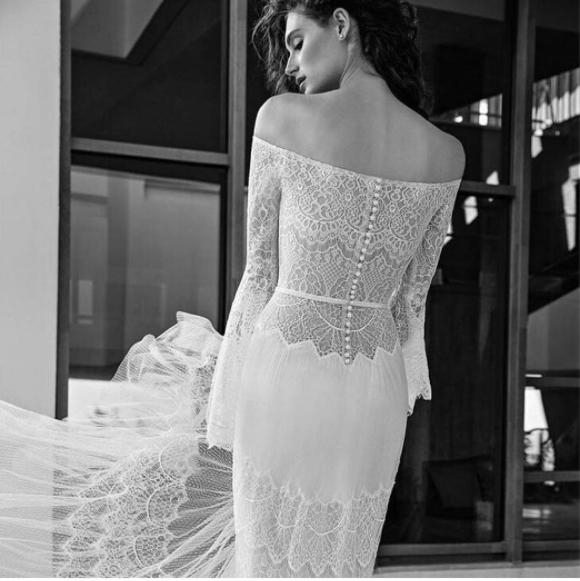 Muốn gây ấn tượng trong ngày trọng đại, các cô dâu đừng bỏ qua 7 mẫu váy này - Ảnh 19.