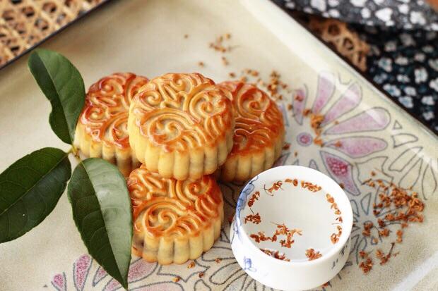 Thử làm ngay món bánh Trung thu vị dừa cho mùa Trung thu thêm hương vị - Ảnh 6.