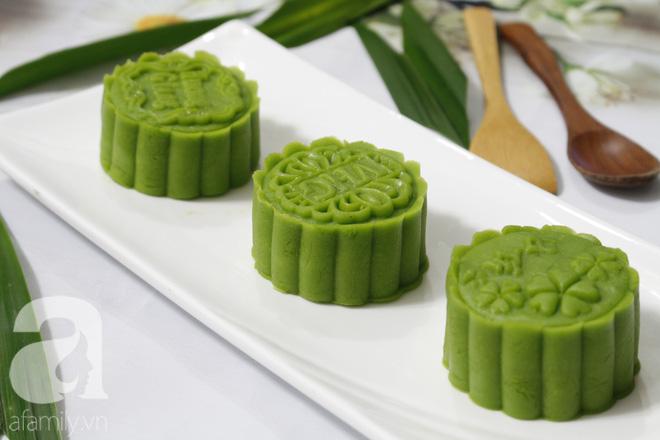 Thơm mát mềm mịn món bánh Trung thu vị lá dứa - Ảnh 7.