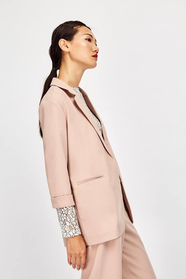 Những thiết kế blazer giá chưa quá 700 ngàn đến từ các thương hiệu Việt bạn cần sắm ngay trong thu này - Ảnh 11.