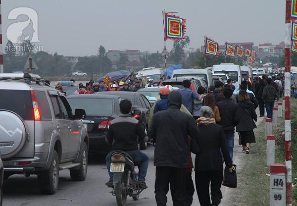 Chợ Viềng Nam định Ngày Nào: Nam Định: Dân đổ đi Chợ Viềng Sớm Nửa Ngày Khiến Mọi Nẻo