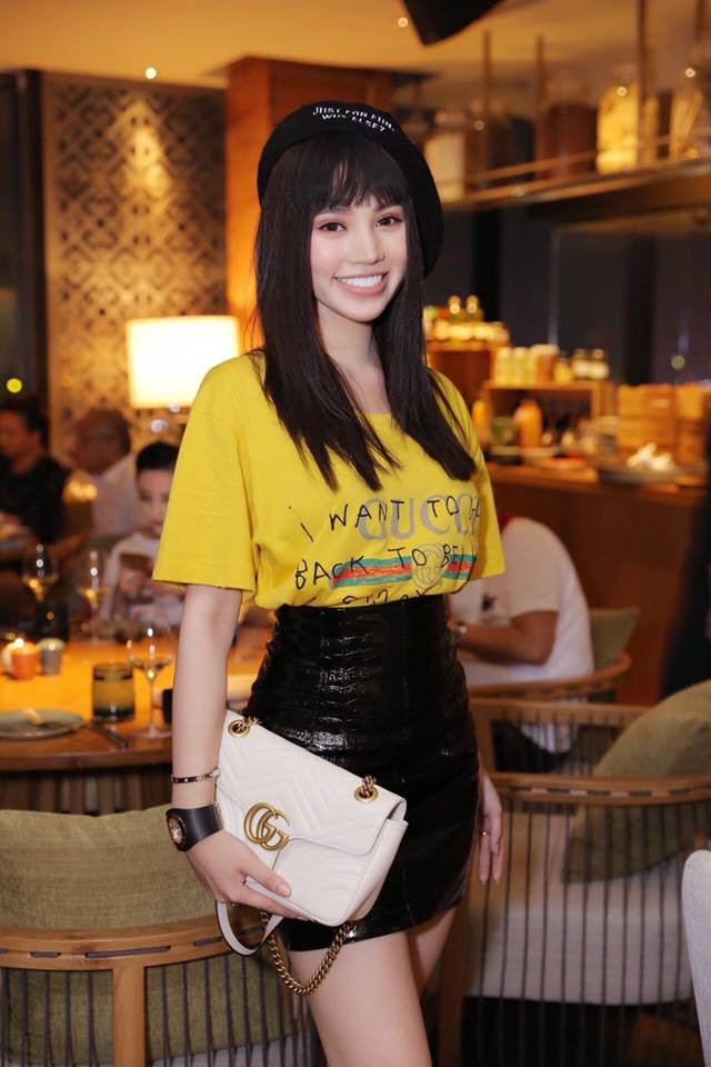 Đơn giản hết mức, nhưng áo phông của Gucci vẫn được các sao Việt và các fashionista thi nhau mặc - Ảnh 6.