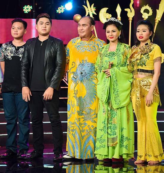 Giá mà Sau ánh hào quang chậm 1 nhịp, thì hình ảnh đẹp đẽ của gia đình Lê Giang đã giữ mãi thế này - Ảnh 11.