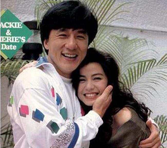 Chung Sở Hồng: Từ cô đào Hong Kong nóng bỏng giải nghệ để làm vợ đại gia đến góa phụ quyến rũ - Ảnh 10.