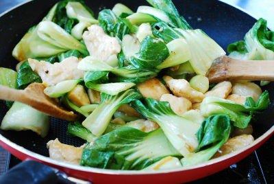 Gà xào cải theo phong cách Hàn Quốc đơn giản mà trôi cơm đến không ngờ - Ảnh 5