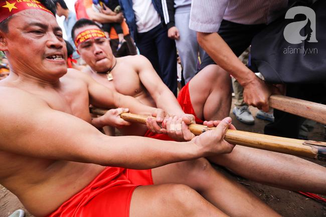 Độc đáo cuộc thi Kéo co ngồi truyền thống giữa lòng Hà Nội - Ảnh 7.