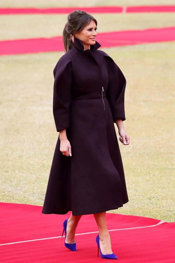 Phu nhân Melania Trump chịu chi hơn 1 tỷ cho váy áo trong chuyến công du 3 nước châu Á - Ảnh 15.
