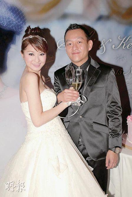 Là vợ đại gia, sống trong nhung lụa, mỹ nhân Hong Kong 3 con gái bị nhà chồng gây áp lực sinh bằng được con - Ảnh 4.