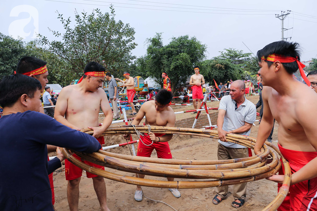 Độc đáo cuộc thi Kéo co ngồi truyền thống giữa lòng Hà Nội - Ảnh 8.