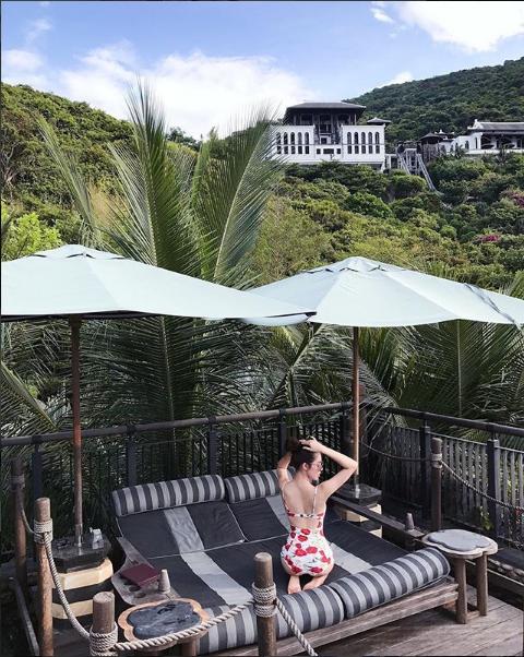 Ngắm cuộc sống sang chảnh, ngập trong đồ hiệu, du lịch xa xỉ của Jolie Nguyễn - hoa hậu hội con nhà giàu Việt Nam - Ảnh 24.